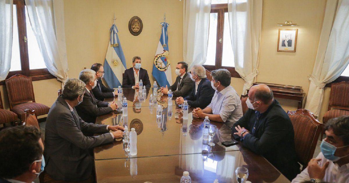 Uñac y Kulfas se reunieron con representantes de cámaras empresarias de San Juan
