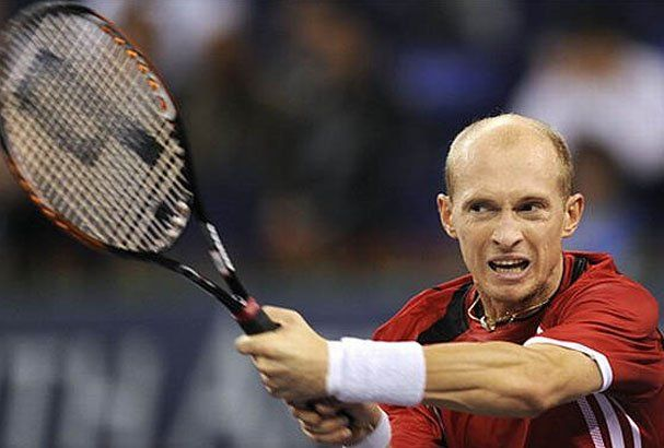 Davydenko frenó a Nadal y enfrentará a Federer en la final de Doha