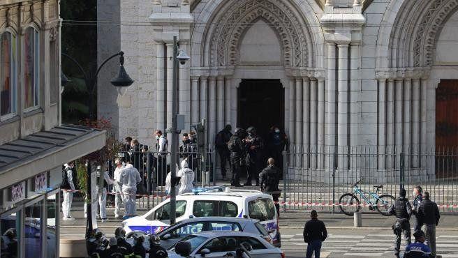 Tres muertos en Francia en un ataque con cuchillo en una iglesia