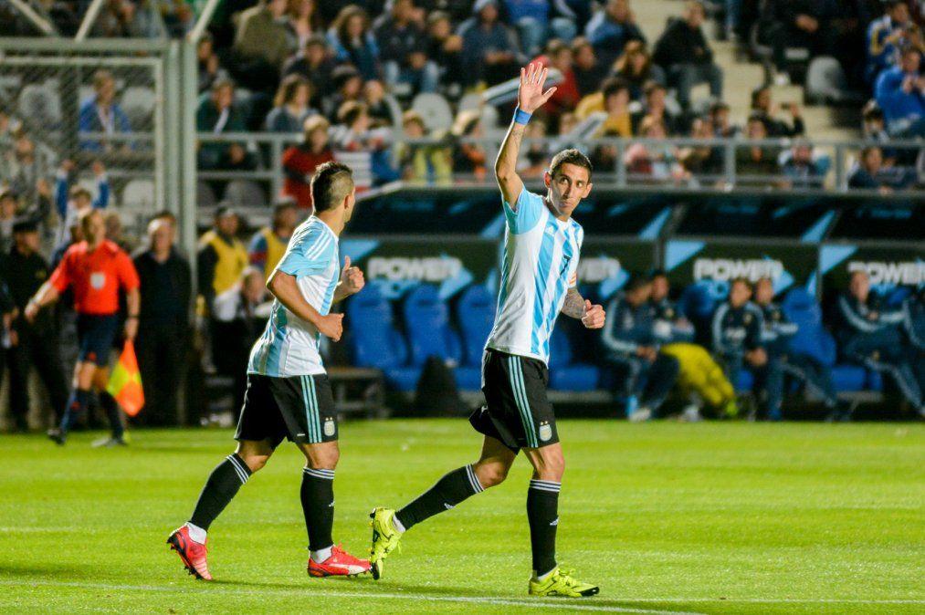 La Selección goleó y gustó en San Juan