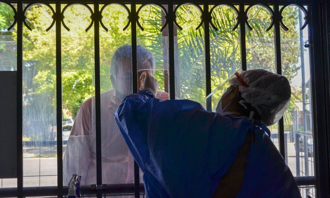 San Juan: 82 nuevos casos y 11 pacientes cuentan con asistencia respiratoria