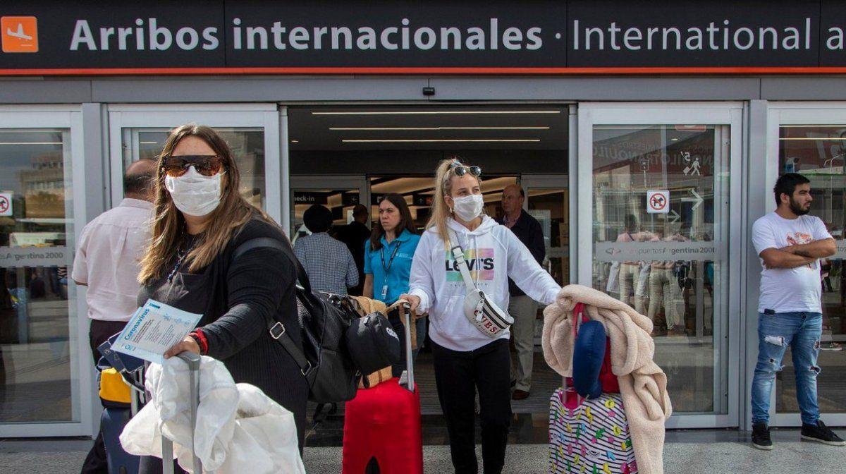 Gobierno aumenta el cupo de argentinos que podrán ingresar al país