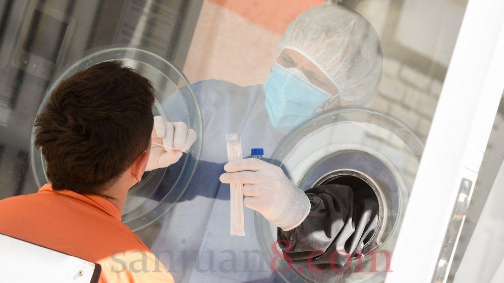 Se realizaron hasta 1.600 estudios de PCR por día