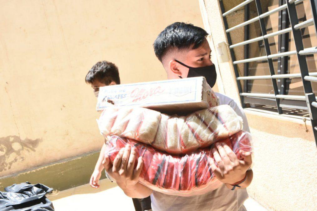 Córdoba envió asistencia para damnificados por el terremoto. Foto: Adrián Carrizo.