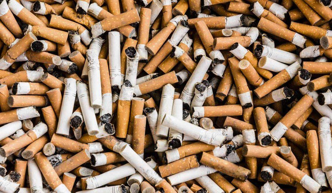 Un video se volvió viral tras reflejar los efectos del cigarrillo en una casa.
