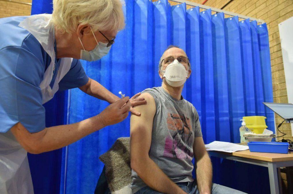 El Reino Unido avanza con su campaña de vacunación masiva.