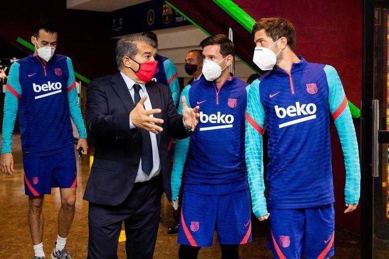 Cónclave entre Messi, Laporta y los demás integrantes del Barcelona