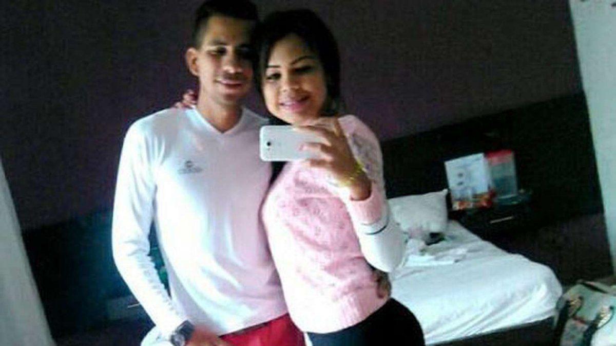 Asesinó a su pareja de 40 puñaladas delante de su hijo de 3 años