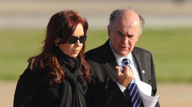 Esta es la supuesta escucha entre Cristina y Parrilli en la que hablan de incriminar a Stiuso