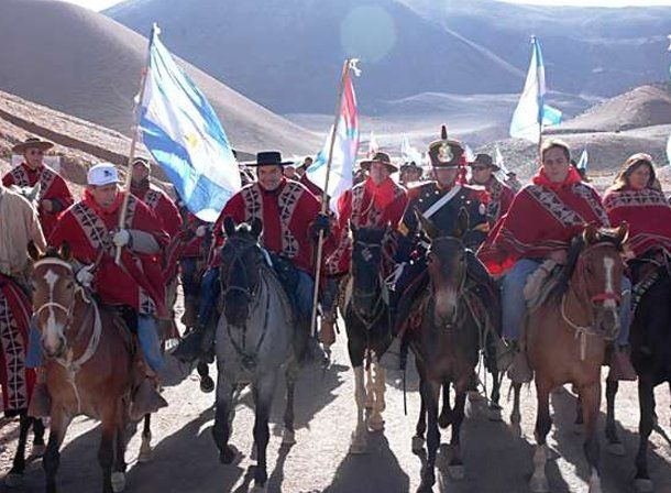 Cruce Sanmartiano: en esta edición subirán más de 160 animales entre burros y mulas