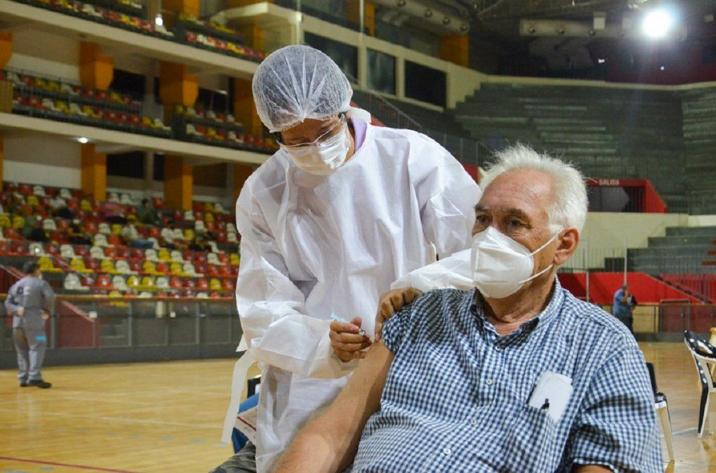 Continúa el operativo de vacunación en San Juan.