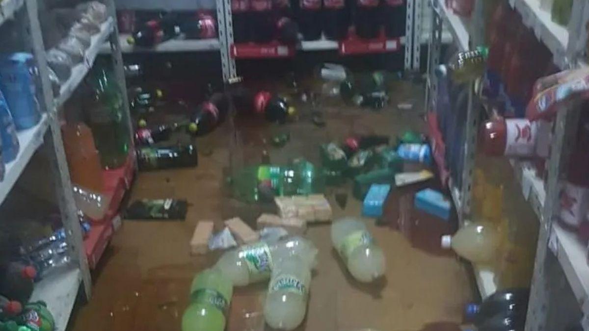 Los supermercados los más perjudicados por el terremoto.