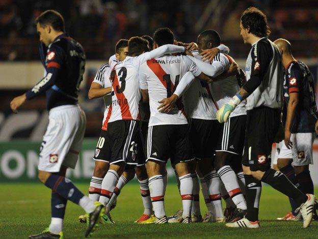 River venció a San Lorenzo en el juego de ida de la Copa Sudamericana