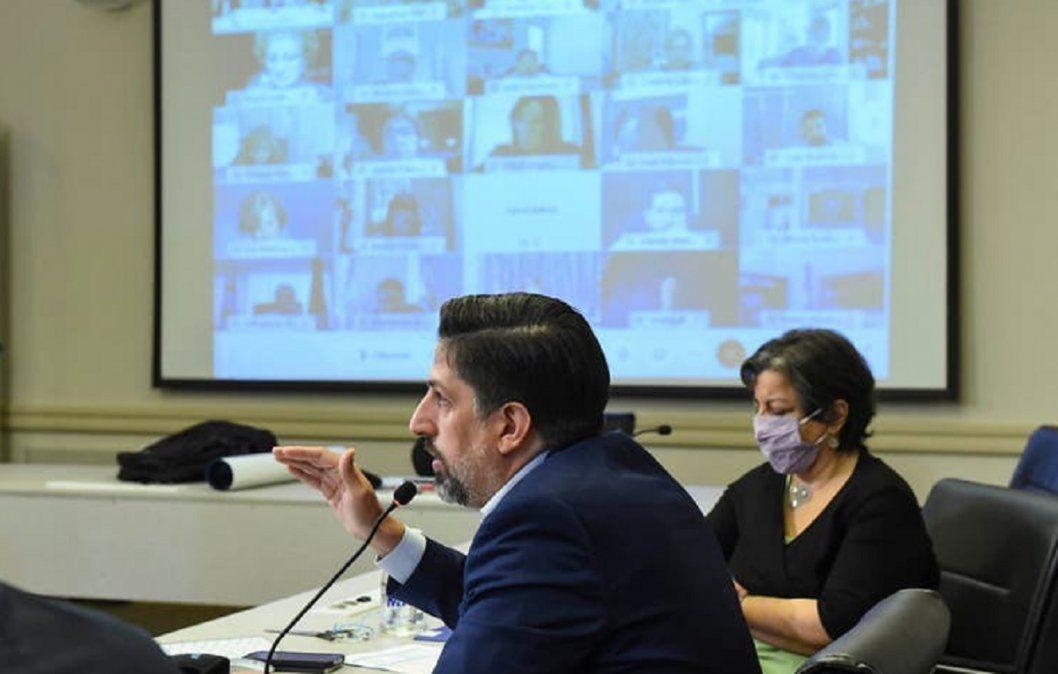 Acordaron incremento salarial de 10% para docentes universitarios