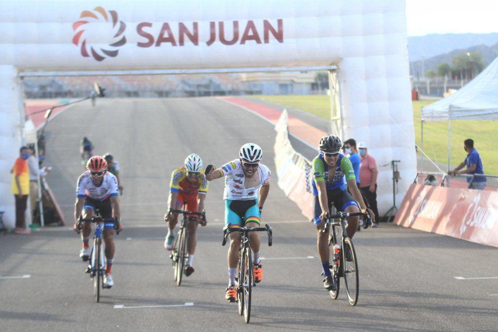 Marcos Rodríguez sorprendió y ganó la carrera el Villicum