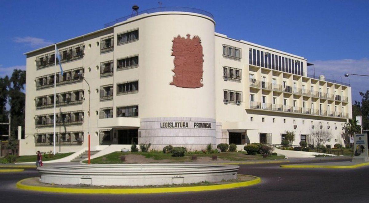 La Cámara de Diputados volverá al teletrabajo y guardias mínimas