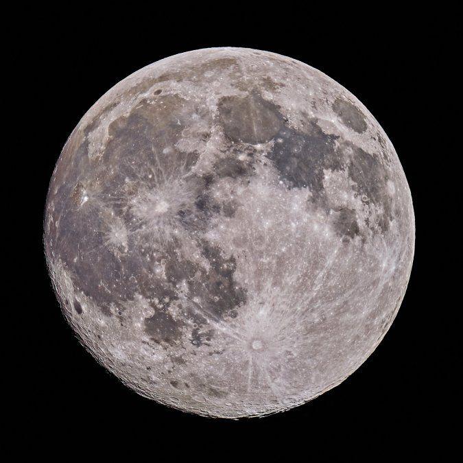 Marzo se despidió con una Superluna