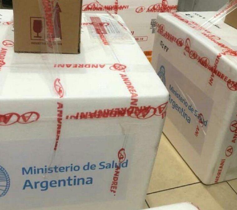 Llegaron a San Juan las primeras dosis de la vacuna Sputnik V