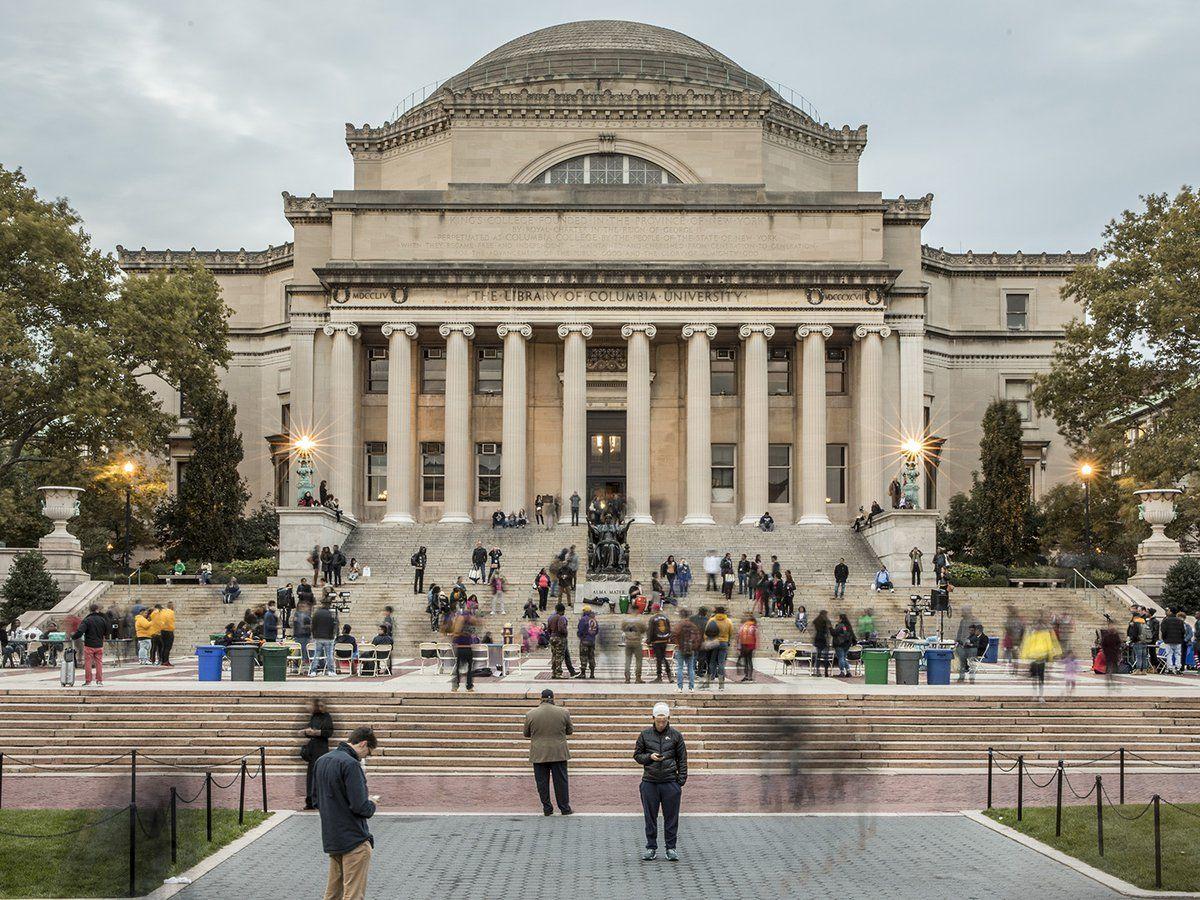 Los 3 libros que recomienda leer la Universidad de Columbia: qué enseñan