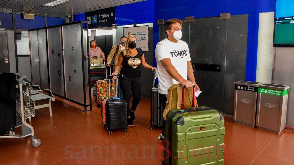 Nación propuso a las provincias controlar viajeros de países con nuevas cepas