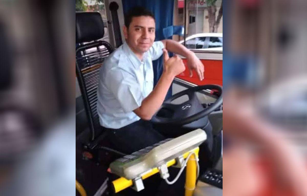 Matías, el chofer que encontró un millón de pesos y se lo regresó a su dueña