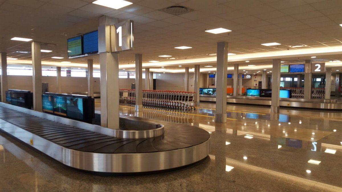 Argentina suspendió destinos y redujo vuelos a Europa