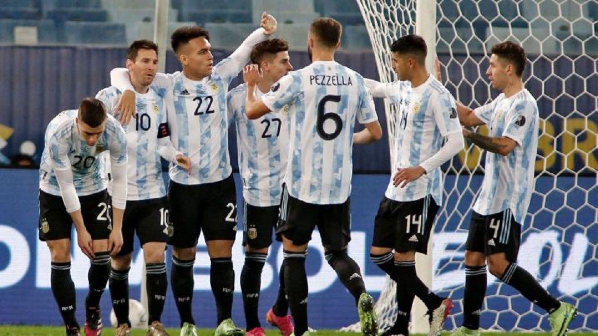 Argentina se mide con Colombia en la semi de la Copa América