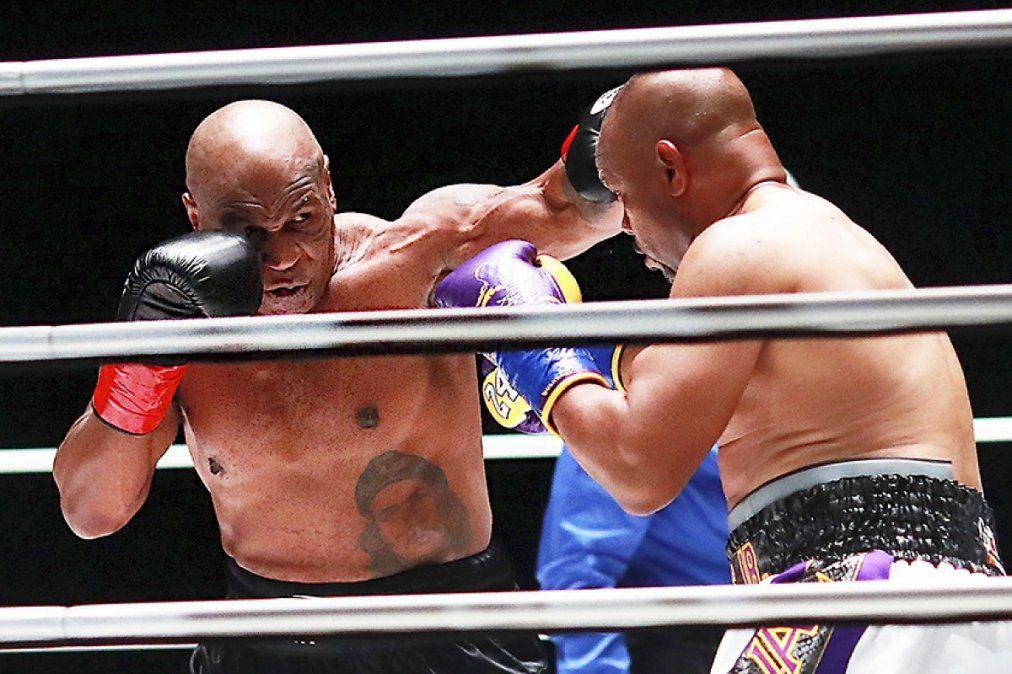 Mike Tyson empató con Jones Jr. en su vuelta al ring