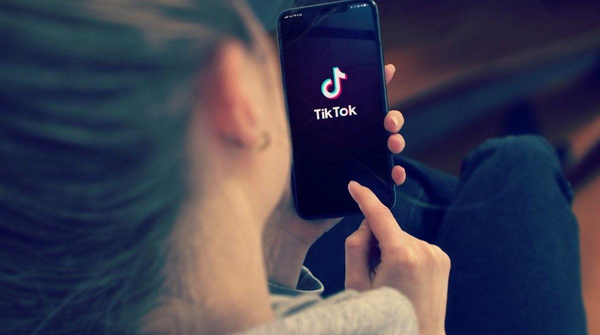 TikTok ayudará a usuarios que sufran desórdenes alimenticios
