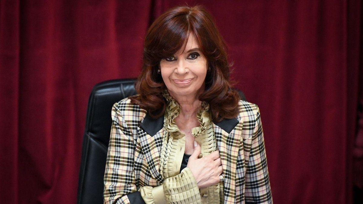 Cristina Fernández de Kirchner anunció que sólo recibirá su asignación por ex presidenta.