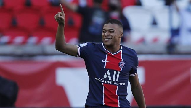 Mbappe rechazó una renovación con PSG y crecen los rumores de su salida