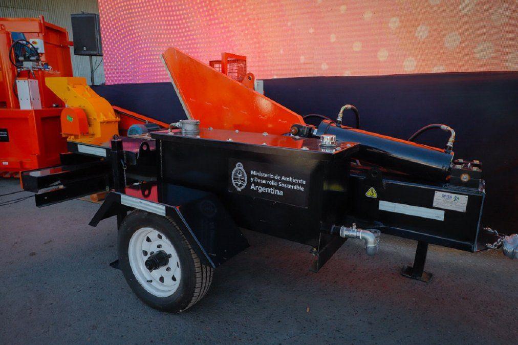 Una de las maquinarias que recibió el Parque de Tecnologías Ambientales.