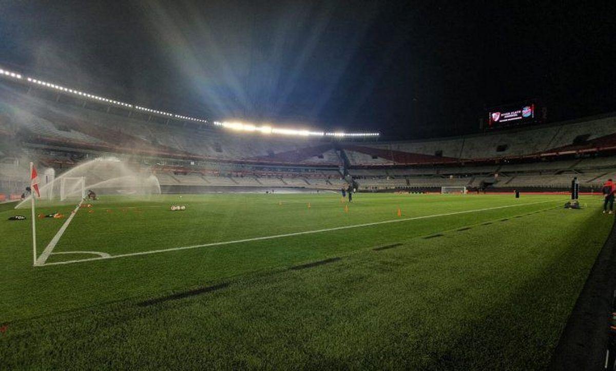 Se conoció la fecha posible para el regreso del público en el fútbol argentino