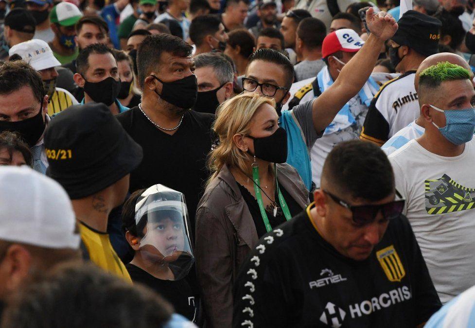 Familiares y fans de Diego Maradona marcharon para pedir Justicia