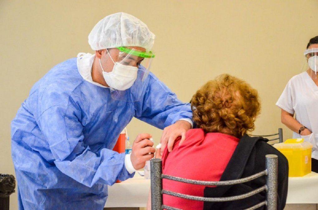 Cómo se desarrollará la vacunación contra el COVID-19 durante el confinamiento