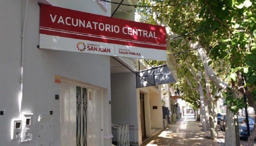 Vacunatorio Central: habrá nueva modalidad de atención desde el próximo lunes