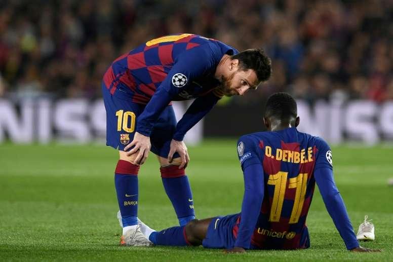 Dembélé fue operado y estará seis meses sin jugar en el Barsa