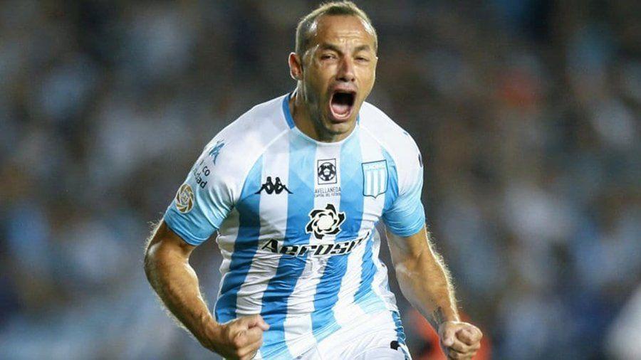 Con nueve, Racing derrotó a Independiente en el clásico de Avellaneda