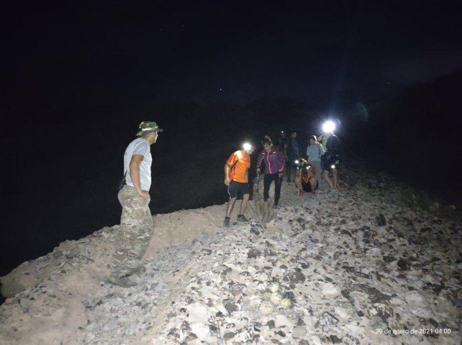 Así fue el operativo para rescatar a 17 personas en la montaña