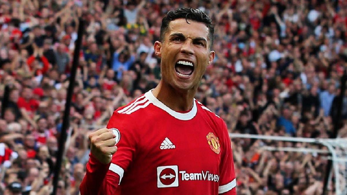 Cristiano Ronaldo hizo dos goles en su vuelta a Manchester