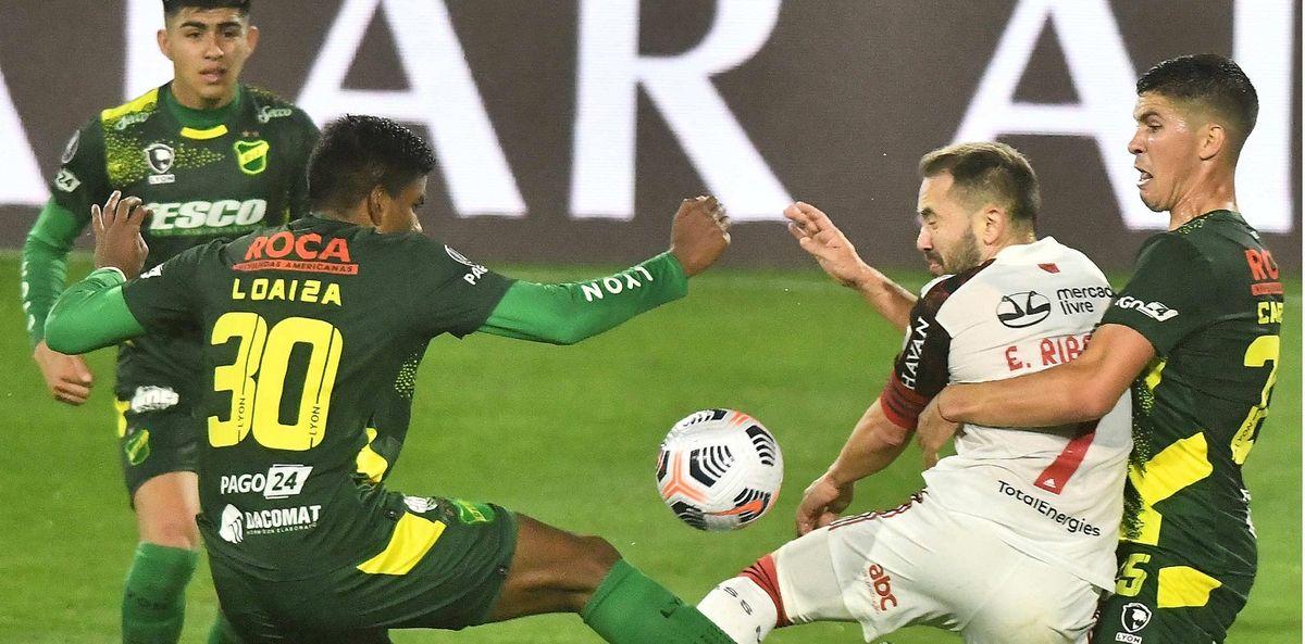 Defensa sufrió una inmerecida derrota ante Flamengo