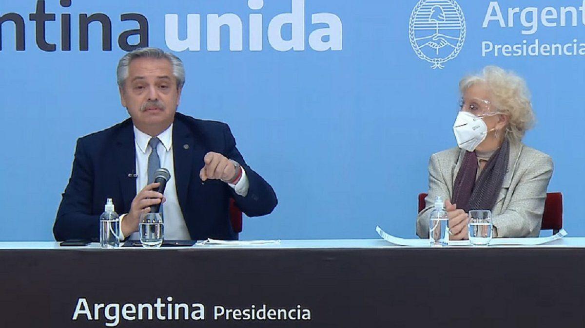 Alberto Fernández homenajeó a Abuelas y Madres de Plaza de Mayo