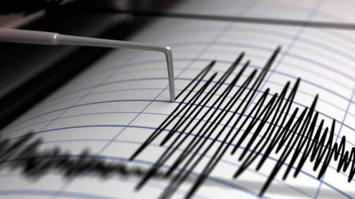 Un temblor de *** grados movió el suelo sanjuanino.