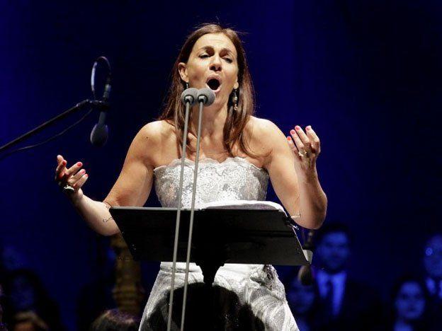 La soprano Verónica Cangemi llega a la provincia para brindar un master clase