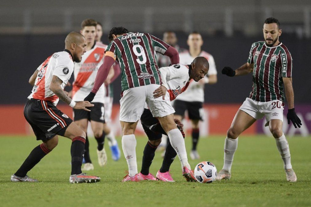 River perdió con Fluminense, pero clasificó a los octavos de la Libertadores
