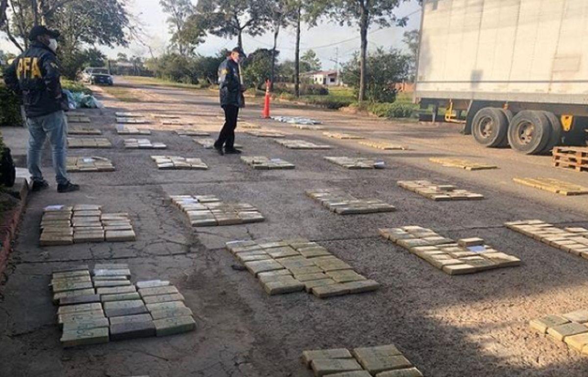 Secuestraron 800 kilos de marihuana que tenían como destino San Juan