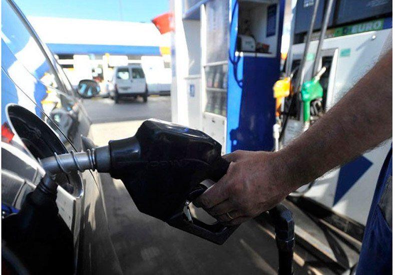 Los estacioneros confirmaron una suba de la nafta de un 1,5%