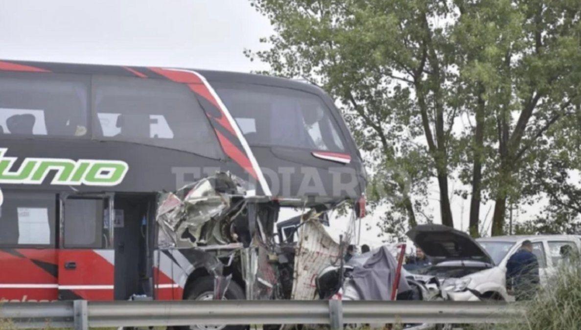 Accidente de un colectivo sanjuanino: ya son 3 los muertos