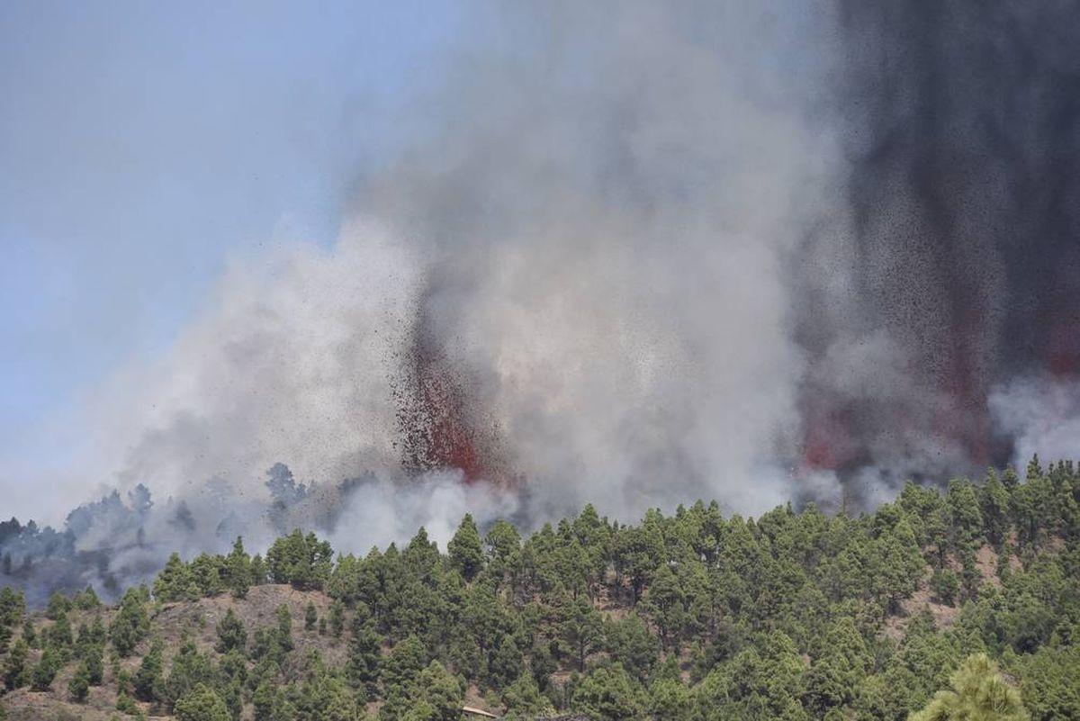 El volcán Cumbre Vieja entró en erupción en la isla española de La Palma