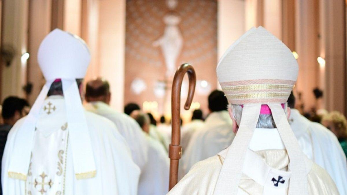 Establecieron nuevas medidas para cultos en San Juan.